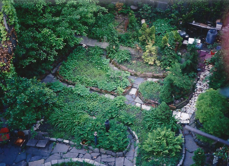 Cloud Club Garden 09